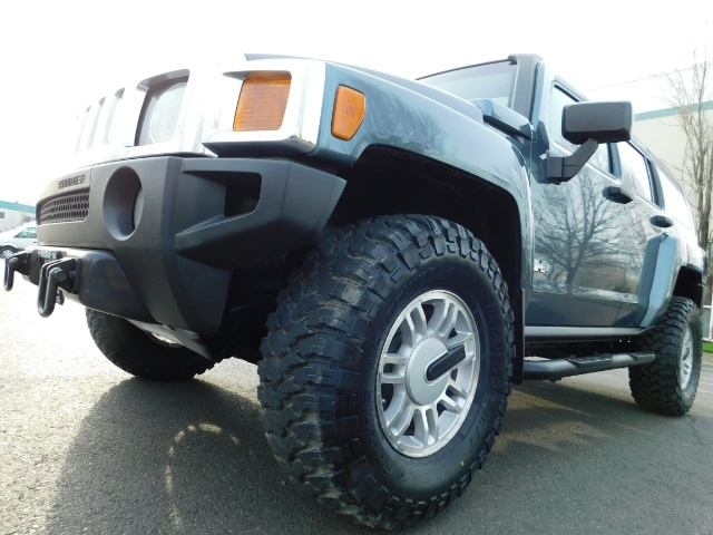 2006 Hummer H3 4dr SUV / 4WD / Sunroof / LIFTED / MUD TIRES - Photo 9 - Portland, OR 97217