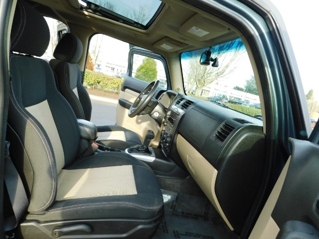 2006 Hummer H3 4dr SUV / 4WD / Sunroof / LIFTED / MUD TIRES - Photo 17 - Portland, OR 97217