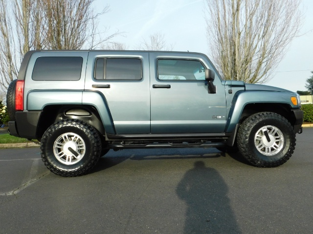 2006 Hummer H3 4dr SUV / 4WD / Sunroof / LIFTED / MUD TIRES - Photo 4 - Portland, OR 97217
