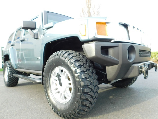 2006 Hummer H3 4dr SUV / 4WD / Sunroof / LIFTED / MUD TIRES - Photo 10 - Portland, OR 97217