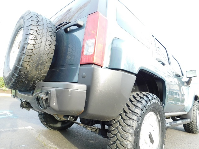 2006 Hummer H3 4dr SUV / 4WD / Sunroof / LIFTED / MUD TIRES - Photo 12 - Portland, OR 97217