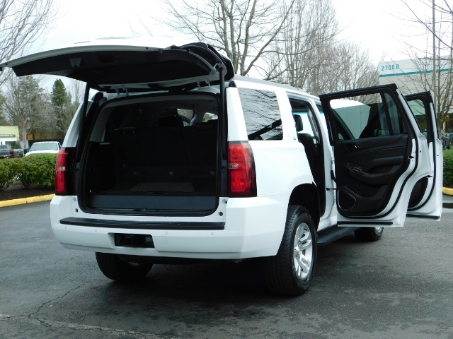 2017 Chevrolet Tahoe LT / 4WD / Third Seat / Naviagtion / Leather - Photo 28 - Portland, OR 97217