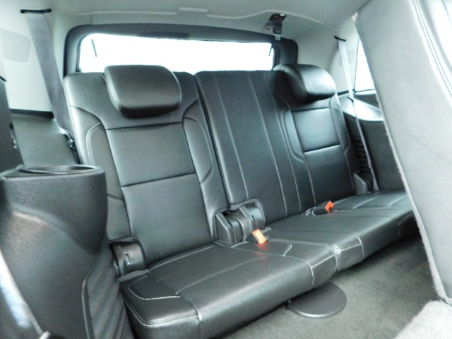 2017 Chevrolet Tahoe LT / 4WD / Third Seat / Naviagtion / Leather - Photo 34 - Portland, OR 97217