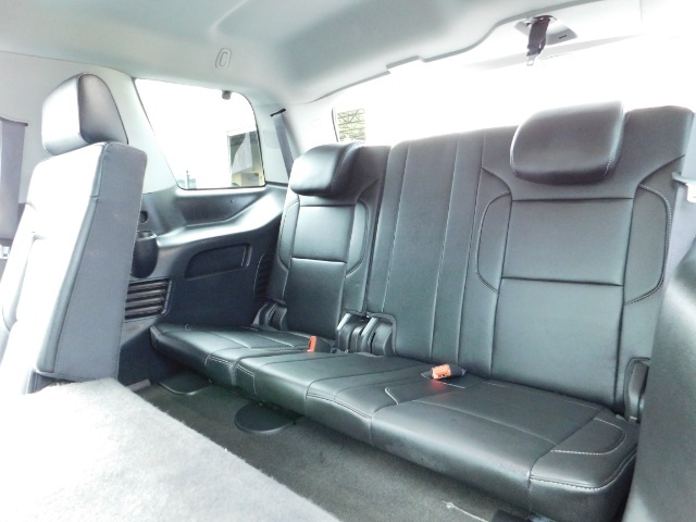 2017 Chevrolet Tahoe LT / 4WD / Third Seat / Naviagtion / Leather - Photo 16 - Portland, OR 97217