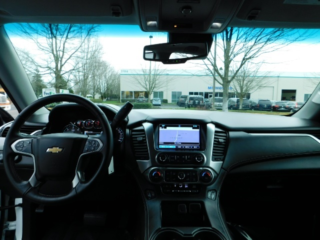 2017 Chevrolet Tahoe LT / 4WD / Third Seat / Naviagtion / Leather - Photo 35 - Portland, OR 97217