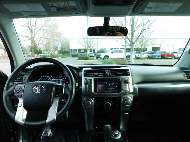 2016 Toyota 4Runner 4X4 V6 / NAVi / CAM / WARRANTY / LIFTED !! - Photo 34 - Portland, OR 97217