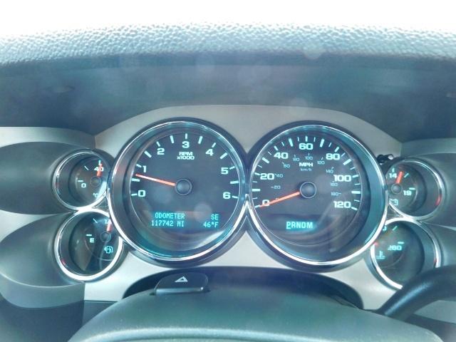 2009 Chevrolet Silverado 1500 LT / 4X4 / Crew Cab/ Leather/Sunroof /DVD/ LIFTED - Photo 41 - Portland, OR 97217