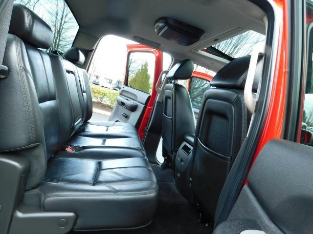 2009 Chevrolet Silverado 1500 LT / 4X4 / Crew Cab/ Leather/Sunroof /DVD/ LIFTED - Photo 16 - Portland, OR 97217