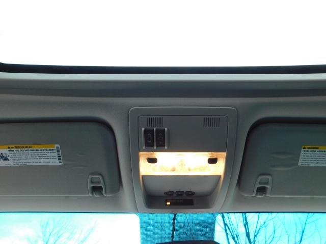 2009 Chevrolet Silverado 1500 LT / 4X4 / Crew Cab/ Leather/Sunroof /DVD/ LIFTED - Photo 39 - Portland, OR 97217