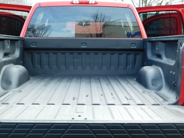 2009 Chevrolet Silverado 1500 LT / 4X4 / Crew Cab/ Leather/Sunroof /DVD/ LIFTED - Photo 28 - Portland, OR 97217