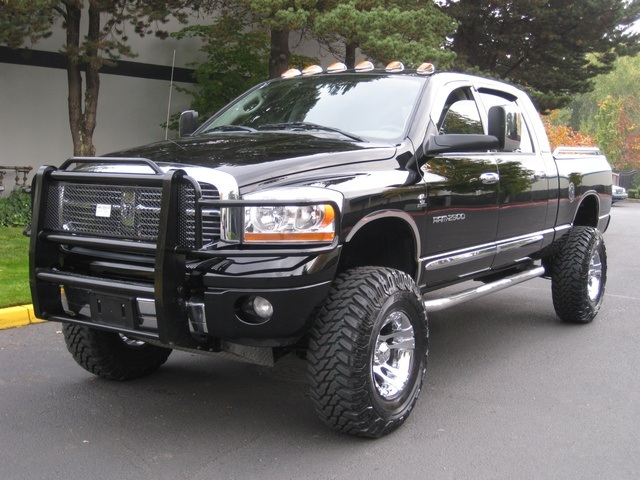 2006 dodge ram 2500 laramie mega cab diesel 4wd lifted lifted. Black Bedroom Furniture Sets. Home Design Ideas