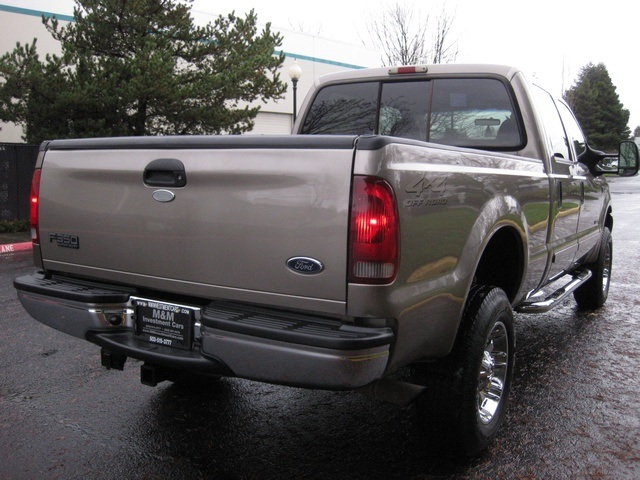 2002 Ford F-350 Crew Cab 4X4 LARIAT / 7.3L Turbo Diesel /LOW Miles - Photo 43 - Portland, OR 97217
