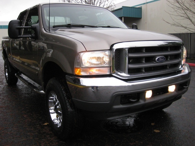 2002 Ford F-350 Crew Cab 4X4 LARIAT / 7.3L Turbo Diesel /LOW Miles - Photo 42 - Portland, OR 97217
