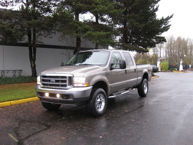 2002 Ford F-350 Crew Cab 4X4 LARIAT / 7.3L Turbo Diesel /LOW Miles - Photo 45 - Portland, OR 97217
