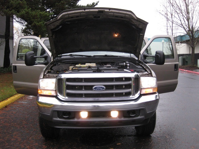 2002 Ford F-350 Crew Cab 4X4 LARIAT / 7.3L Turbo Diesel /LOW Miles - Photo 15 - Portland, OR 97217