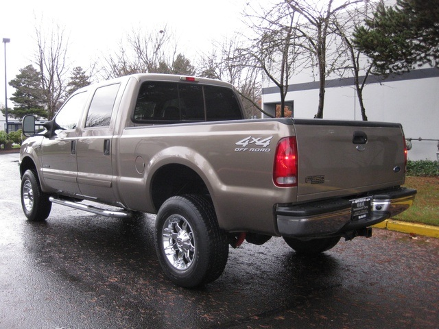 2002 Ford F-350 Crew Cab 4X4 LARIAT / 7.3L Turbo Diesel /LOW Miles - Photo 4 - Portland, OR 97217