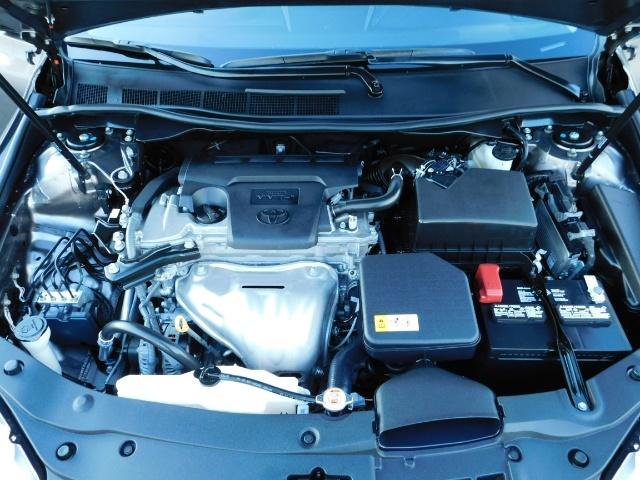 2017 Toyota Camry SE / 4DR Sedan / Backup camera / ONLY 14K MILES - Photo 33 - Portland, OR 97217