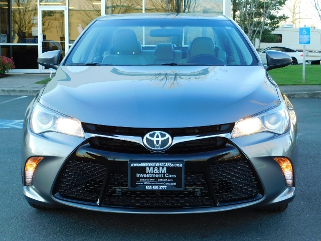 2017 Toyota Camry SE / 4DR Sedan / Backup camera / ONLY 14K MILES - Photo 5 - Portland, OR 97217