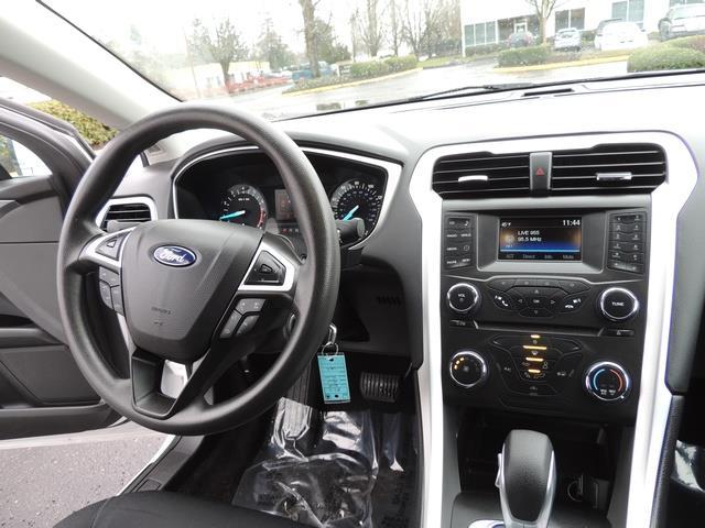 2016 Ford Fusion SE / Sedan / Back up camera / Excel Cond - Photo 20 - Portland, OR 97217