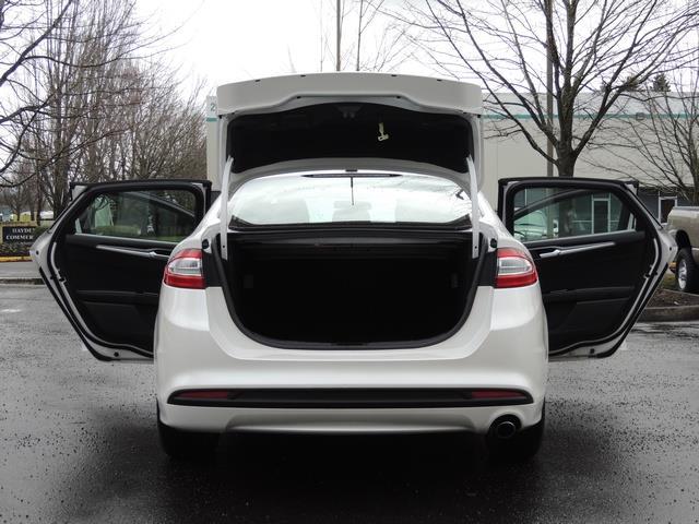 2016 Ford Fusion SE / Sedan / Back up camera / Excel Cond - Photo 28 - Portland, OR 97217