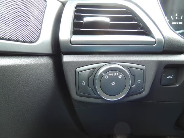 2016 Ford Fusion SE / Sedan / Back up camera / Excel Cond - Photo 40 - Portland, OR 97217