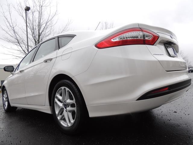 2016 Ford Fusion SE / Sedan / Back up camera / Excel Cond - Photo 10 - Portland, OR 97217