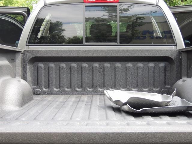 2007 Dodge Ram 2500 SLT 4dr Mega Cab / 4X4 /5.9L DIESEL /NAVI/ LIFTED - Photo 28 - Portland, OR 97217