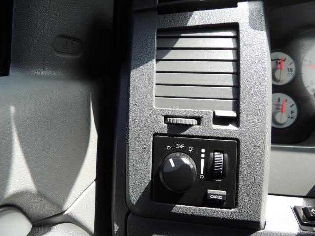 2007 Dodge Ram 2500 SLT 4dr Mega Cab / 4X4 /5.9L DIESEL /NAVI/ LIFTED - Photo 43 - Portland, OR 97217
