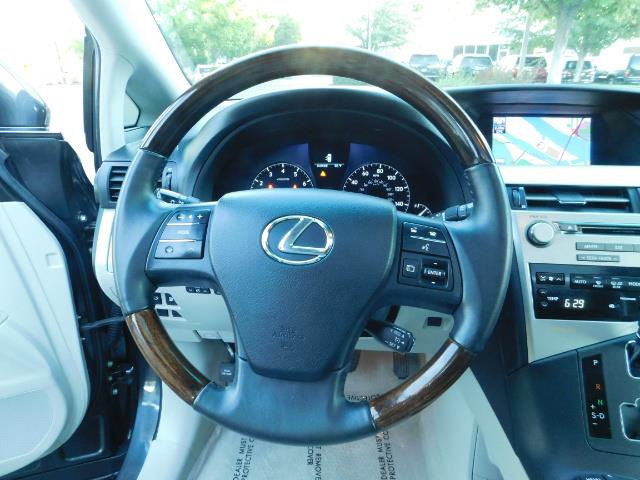 2011 Lexus RX 350 AWD NAVi / Rear Cam / Cooled Seats / LUXURY - Photo 38 - Portland, OR 97217
