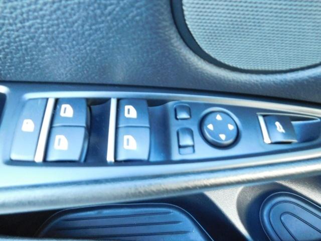 2015 BMW X6 xDrive35i / AWD / 1-OWNER / Navi / Heated seats - Photo 34 - Portland, OR 97217
