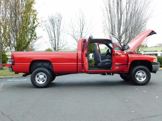 2001 Dodge Ram 2500 SLT / 4X4 / 5.9L CUMMINS DIESEL 1-OWNER LOW MILES - Photo 24 - Portland, OR 97217