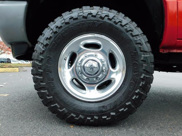 2001 Dodge Ram 2500 SLT / 4X4 / 5.9L CUMMINS DIESEL 1-OWNER LOW MILES - Photo 22 - Portland, OR 97217