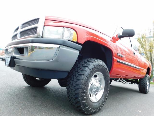 2001 Dodge Ram 2500 SLT / 4X4 / 5.9L CUMMINS DIESEL 1-OWNER LOW MILES - Photo 9 - Portland, OR 97217