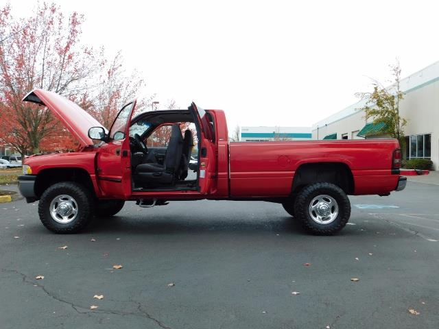 2001 Dodge Ram 2500 SLT / 4X4 / 5.9L CUMMINS DIESEL 1-OWNER LOW MILES - Photo 26 - Portland, OR 97217