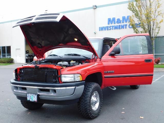 2001 Dodge Ram 2500 SLT / 4X4 / 5.9L CUMMINS DIESEL 1-OWNER LOW MILES - Photo 25 - Portland, OR 97217
