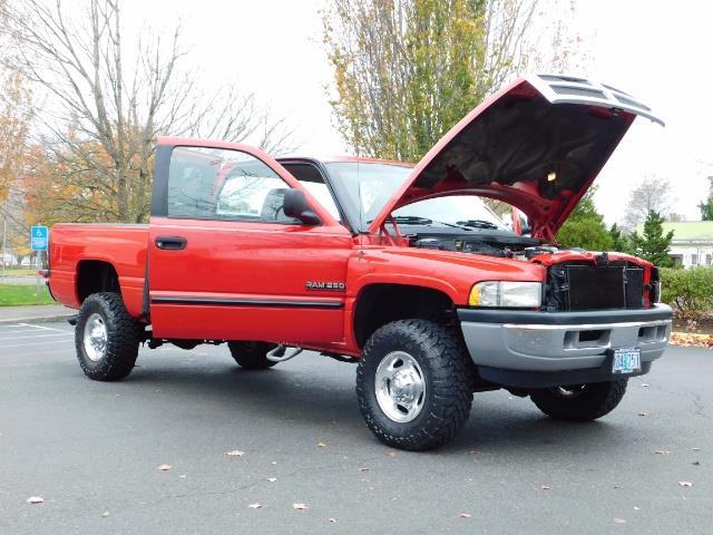 2001 Dodge Ram 2500 SLT / 4X4 / 5.9L CUMMINS DIESEL 1-OWNER LOW MILES - Photo 29 - Portland, OR 97217