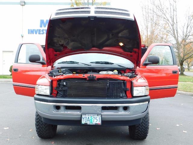 2001 Dodge Ram 2500 SLT / 4X4 / 5.9L CUMMINS DIESEL 1-OWNER LOW MILES - Photo 30 - Portland, OR 97217