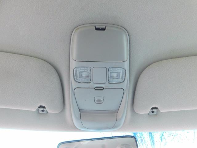2001 Dodge Ram 2500 SLT / 4X4 / 5.9L CUMMINS DIESEL 1-OWNER LOW MILES - Photo 34 - Portland, OR 97217