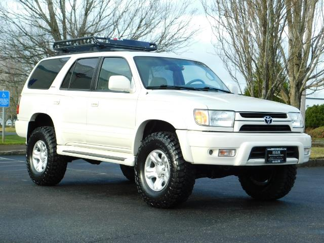 2002 Toyota 4Runner Limited 4X4 / Heated Seats / TIMING BELT / LIFTED - Photo 2 - Portland, OR 97217