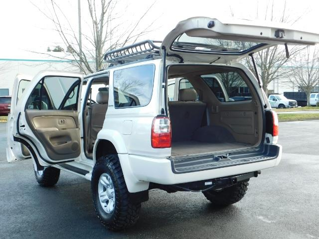 2002 Toyota 4Runner Limited 4X4 / Heated Seats / TIMING BELT / LIFTED - Photo 35 - Portland, OR 97217