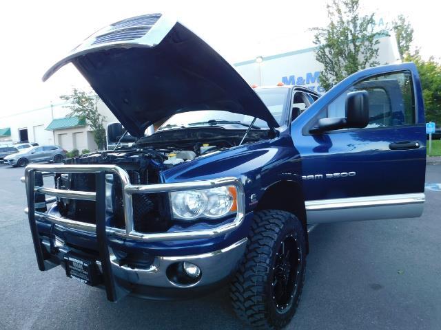 2005 Dodge Ram 3500 Laramie 4dr Quad Cab / 4X4 / 5.9L DIESEL / 6-SPEED - Photo 25 - Portland, OR 97217