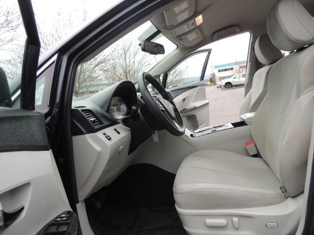2013 Toyota Venza LE / Wagon / AWD / 1-OWNER / Excel Cond - Photo 14 - Portland, OR 97217