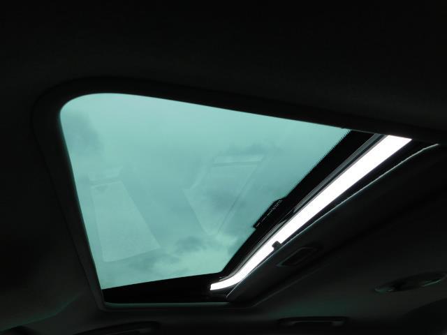 2003 Jaguar X-Type 2.5 / Sedan / AWD / Leather / Sunroof / EXCL COND - Photo 22 - Portland, OR 97217