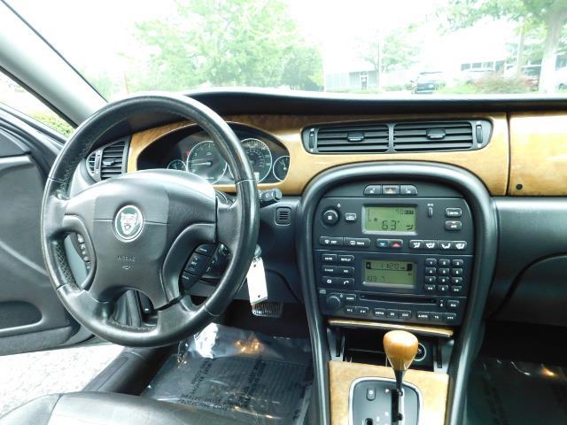 2003 Jaguar X-Type 2.5 / Sedan / AWD / Leather / Sunroof / EXCL COND - Photo 18 - Portland, OR 97217