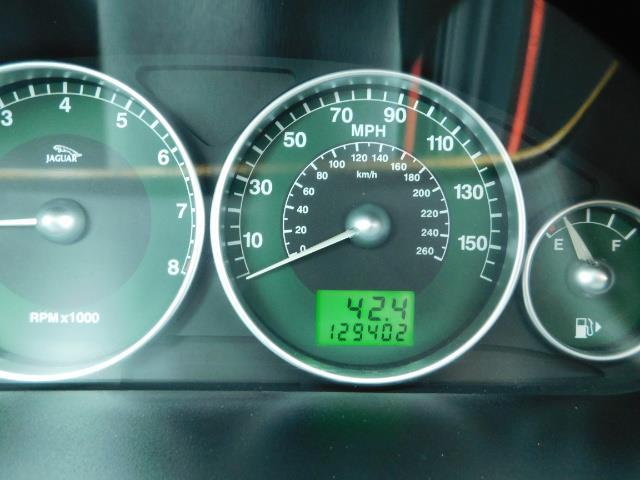 2003 Jaguar X-Type 2.5 / Sedan / AWD / Leather / Sunroof / EXCL COND - Photo 40 - Portland, OR 97217