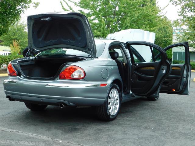 2003 Jaguar X-Type 2.5 / Sedan / AWD / Leather / Sunroof / EXCL COND - Photo 30 - Portland, OR 97217