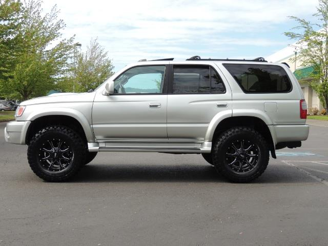 2000 Toyota 4Runner SPORT SR5 / 4X4 / Sunroof / LIFTED LIFTED - Photo 3 - Portland, OR 97217