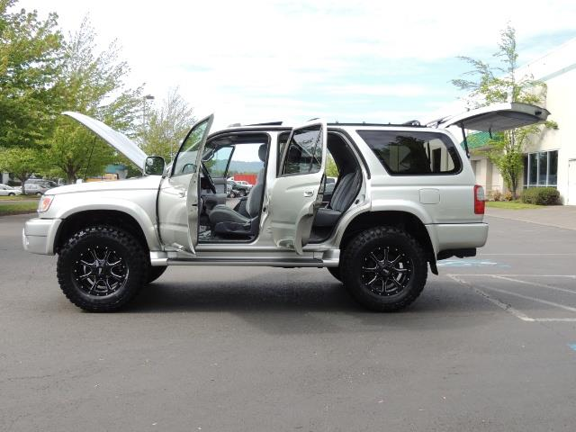 2000 Toyota 4Runner SPORT SR5 / 4X4 / Sunroof / LIFTED LIFTED - Photo 11 - Portland, OR 97217