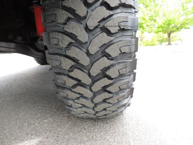 2000 Toyota 4Runner SPORT SR5 / 4X4 / Sunroof / LIFTED LIFTED - Photo 30 - Portland, OR 97217