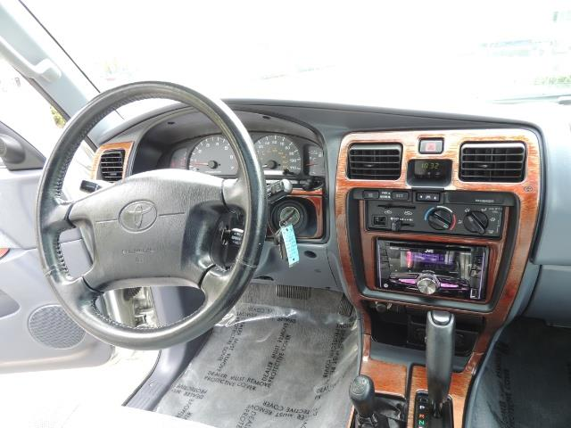 2000 Toyota 4Runner SPORT SR5 / 4X4 / Sunroof / LIFTED LIFTED - Photo 32 - Portland, OR 97217